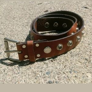 "Calvin Klein Medium 32"" Brown Leather Snap Belt"